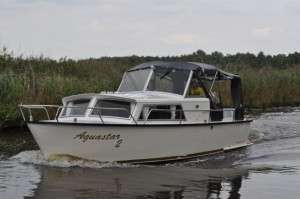 Boot huren in Friesland? Kies voor de Aquastar 2 van Yachtcharter 2000