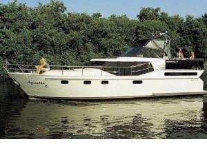 Yachtcharter Workum: de Aquastar 6